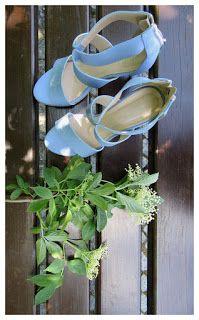 FASHION Secret Garden : Baby blue, white collar & horses