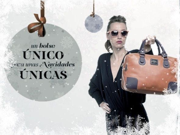 No sabes qué regalar en Navidad? Collection By You te presenta el regalo mas original y personalizado , el bolso diseñado por vosotras mismas!! Regala o regalatelo. Entra en nuestra web www.collectionbyyou.com