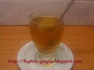 Τα φαγητά της γιαγιάς: Τσίπουρο με ζάχαρη και μέλι