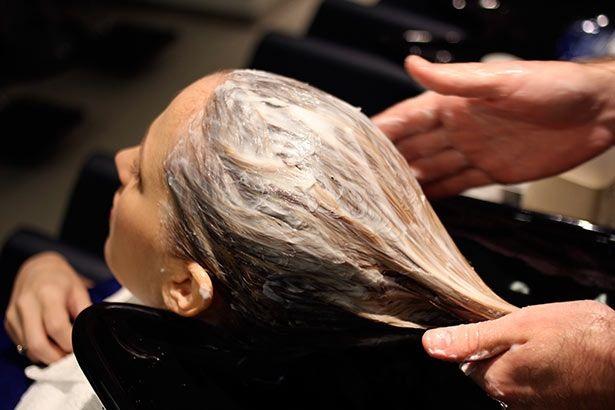 Будьте прекрасны с этой восстанавливающей маской против выпадения волос!