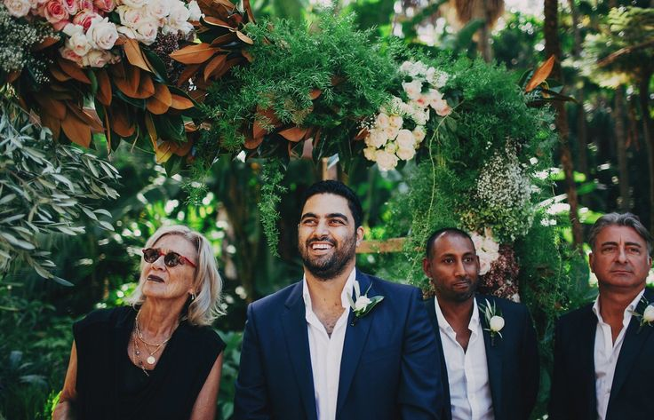Harriet + Emad - Real wedding at Moby Dicks Whale Beach. Photography by The Robertsons Photography