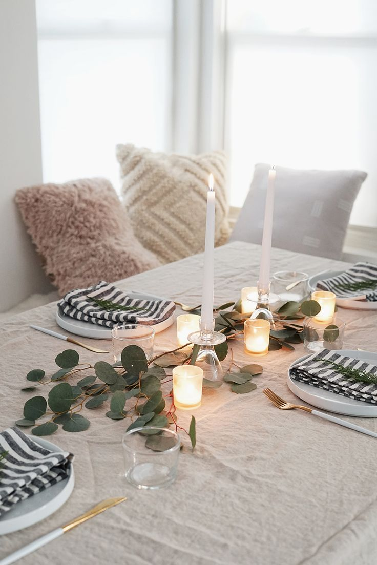 simple natural holiday table / almost makes perfect