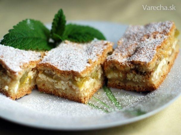 Krehký rebarborový koláč s tvarohom - Recept