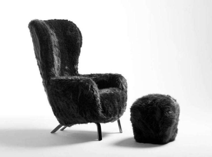 Sedie e poltrone al Salone del Mobile 2017 - Guelfo Fur di Opinion Ciatti