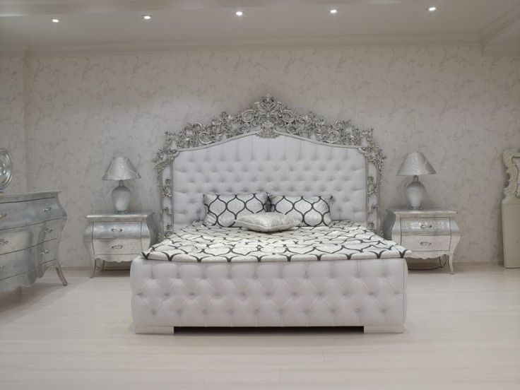 #white #baroque #bedroom ! what a dream I definitely want this !