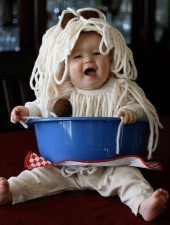 very cute costume. spaghetti and meatballs kids costume.