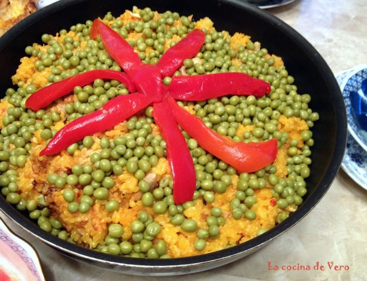 Aprende a cocinar el mejor arroz con pollo cubano / Learn how to make the best Cuban Arroz con pollo.