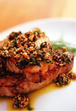 TUNA STEAKS AND BASIL, PARSLEY, WALNUT AND PESTO SAUCE