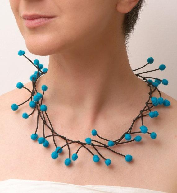 felt turquoise necklace