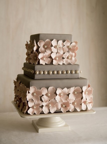 pale pink and grey wedding cakePink Flower, Colors Combos, Grey Wedding, Shower Cake, Colors Combinations, Colors Schemes, Bridal Shower, Wedding Cake, Flower Cake
