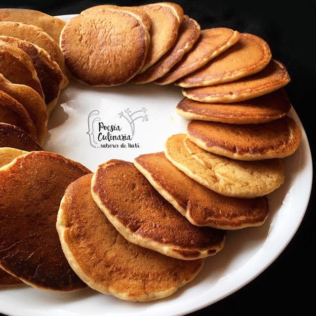 Paladares {Sabores de nati }: Poffertjes - Pequeños panqueques holandeses con levadura fresca. #Poffertjes #panqueques #pancakes #pan #panes #panecillos #panplano #flatbread #littleDutchpancakes #Holanda #cocinaholandesa #Holland #netherland