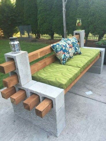 DIY Outdoor seating using cinderblocks, construction adhesive, & landscape timbers