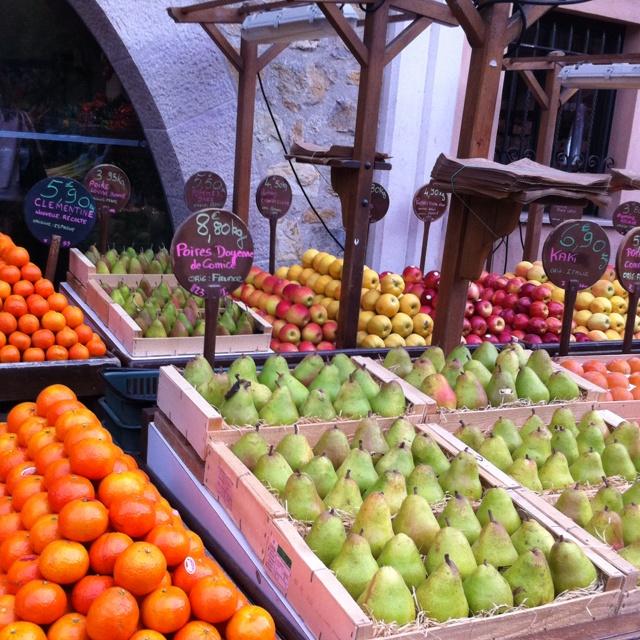 Valbonne market