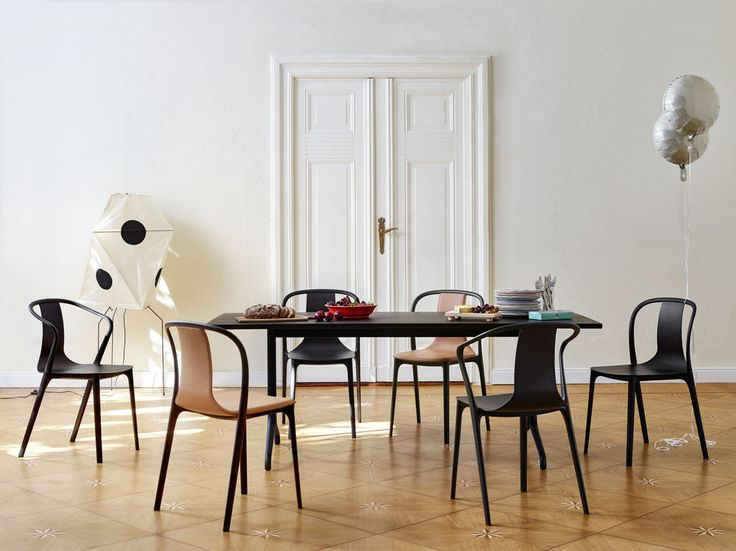 Jakten på den perfekte spisestuestolen er lettere sagt enn gjort.  Den må passe til spisebordet, kjøkkenet eller stuens øvrige interiør og farger. Og bor du i en liten leilighet kan kanskje stolen gjøre like mye nytte ved arbeidsbordet.  Derfor er det essensielt å tenke sittekomfort over flere timer, ifølge Loni Barsten hos Vitra …