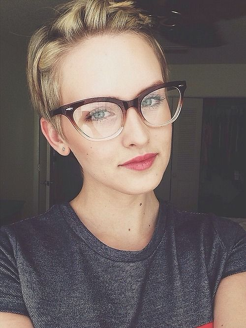 Short hair glasses girl nude