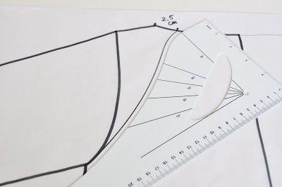 Teken zelf het patroon voor een raglanbloesje