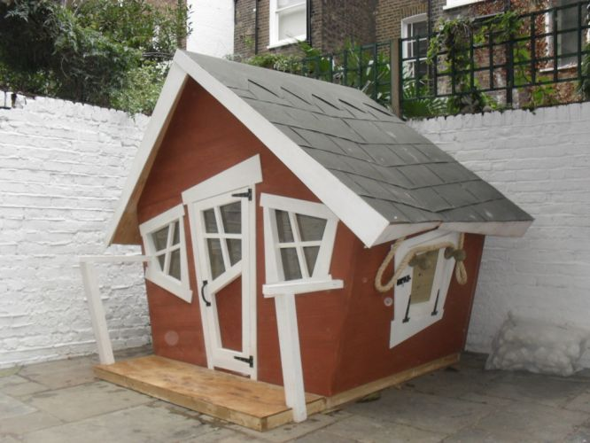 1000 images about school playground on pinterest for Crooked house plans