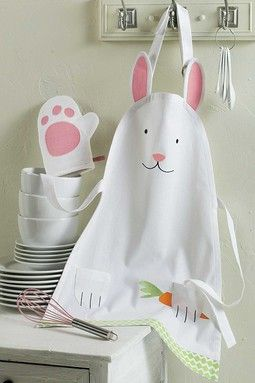 Childs's bunny apron and bunny hand mitt for Easter. On Hautelook, so there's no pattern, but it would be easy to make.