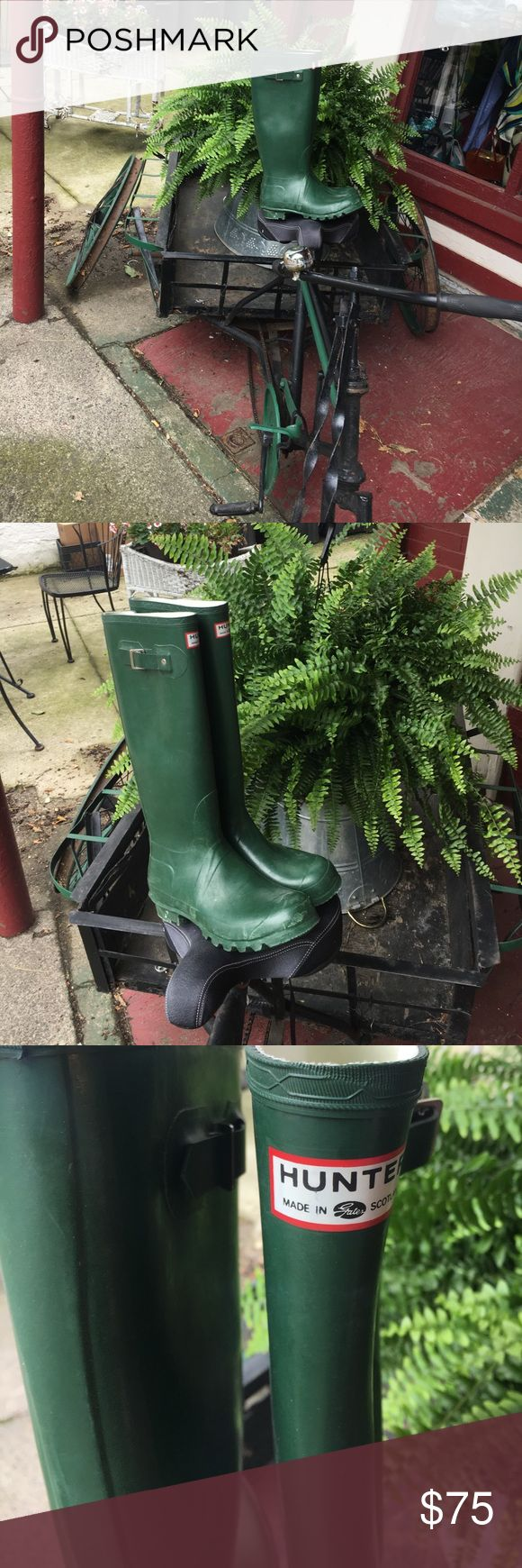 Vintage Hunter boots Vintage Hunter boots made in Scotland Green Hunter Boots Shoes Winter & Rain Boots
