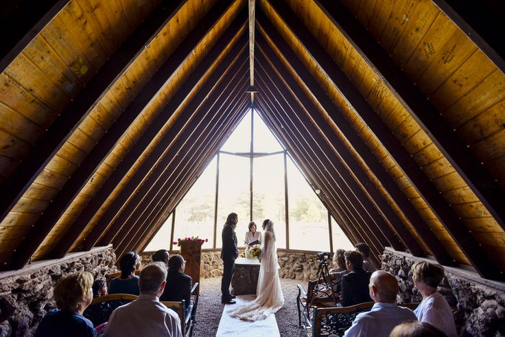 Flagstaff Arizona Wedding In The Forest At Chapel Of The Holy Dove Summer Mountain Wedding Inspira Arizona Wedding Arizona Wedding Photographer Wedding Doves