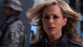 Watch No Ordinary Family Season 1 Episode 19 - No Ordinary Future Online  http://www.yidio.com/show/no-ordinary-family/season-1/episode-19/2860403572