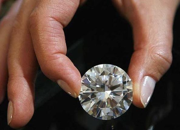 Tips Cara Sederhana Mengetahui Berlian Asli atau Palsu
