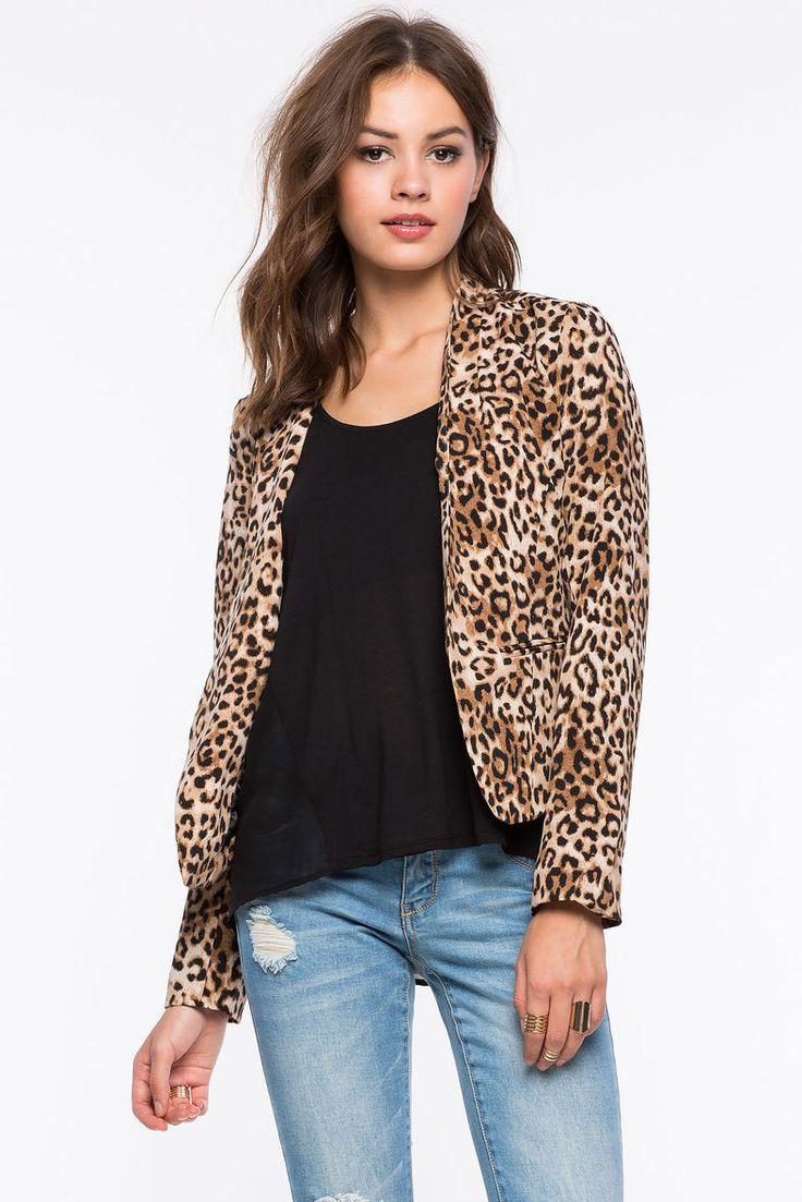 Леопардовый блейзер Размеры: S, M, L, XL Цвет: коричневый с принтом Цена: 1829 руб.     #одежда #женщинам #блейзеры #коопт