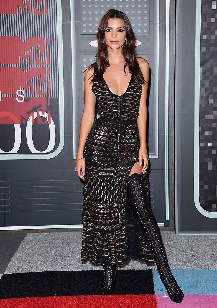 La modelo en un total look de Altuzarra para los MTV Video Music Awards 2015