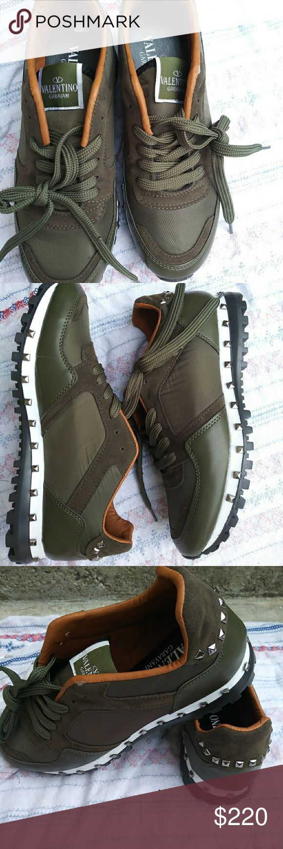 VALENTINO studded sneaker Valantino studs sneakers. Size 7.5/8 valentino Shoes Sneakers