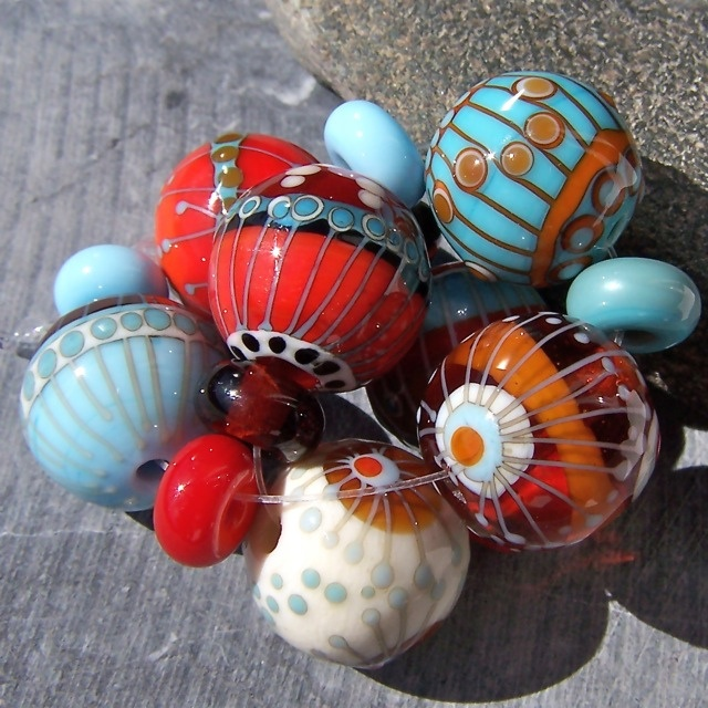 MruMru handmade lampwork bead set. by mrumruglass, via Flickr