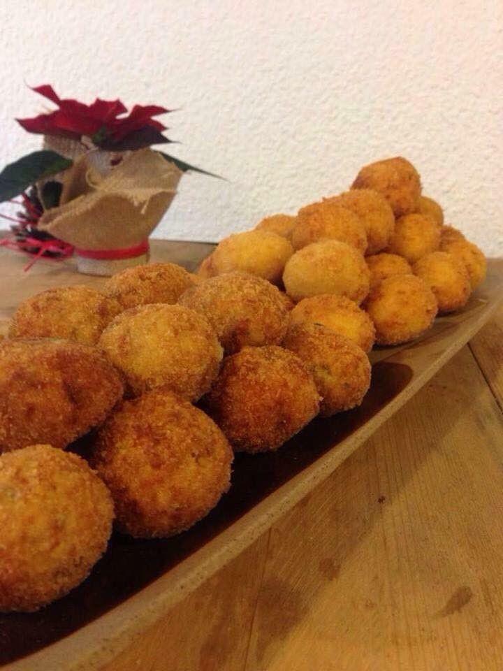 #Croquetas #restaurante #LasRozas #Majadahonda #madrid #localesdemoda #hambre # DELIVEROO #ocio #champagne #caviar #jamon #bellota #mejillones #langostinotrufa #puerro #albariño #verdejo #pizza #pollocurry #sabores #artesanos