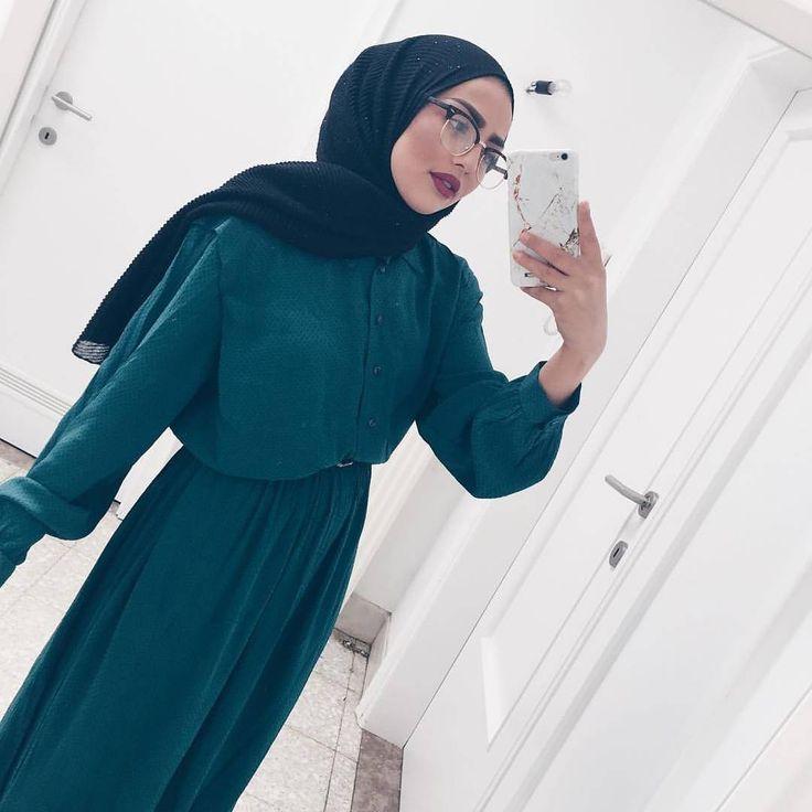 "3,104 Likes, 7 Comments - Hijab Fashion Inspiration (@hijab_fashioninspiration) on Instagram: ""@sauf.etc"""
