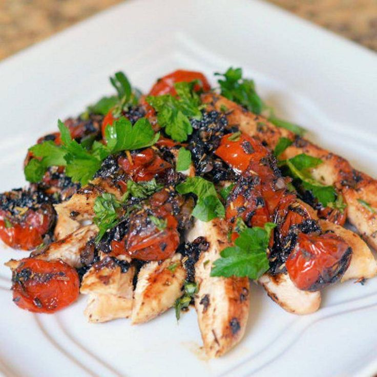 Chicken with Roasted Tomatoes #chickenrecipes #healthy #recipes
