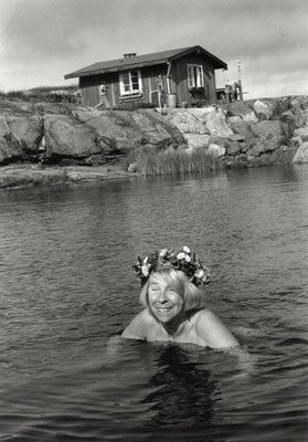 Tove Jansson swimming by her house in the Finnish archipelago