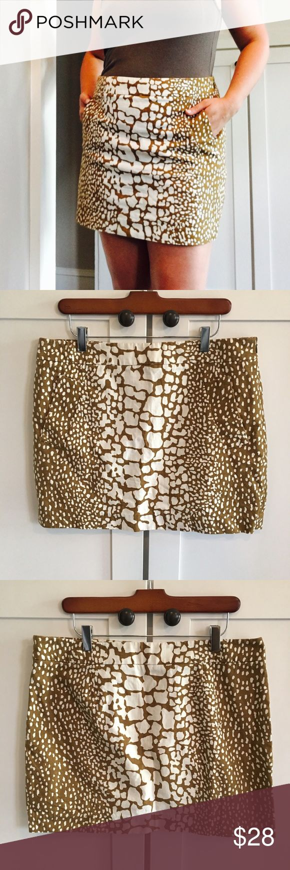 J. Crew Tan & White Python Print Mini Skirt J. Crew Tan & White Python Print Mini Skirt with Pockets!!  J. Crew calls it a python print but I think it looks more like a giraffe 🤔 Such a fun skirt either way!  For reference, the pic is of me and I'm usually a size 10, so could easily work for size 10 or 12.  Make me an offer 😉 J. Crew Skirts Mini
