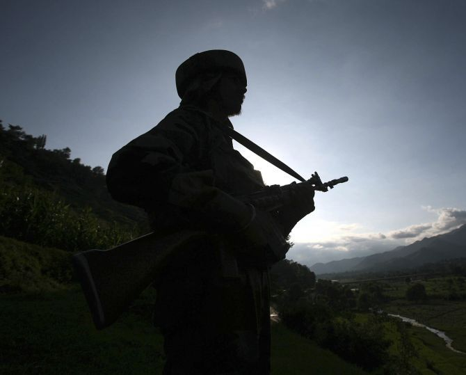 Pakistan mutilates bodies of two Indian troopers, military vows correct reaction  http://www.bicplanet.com/world-news/pakistan-mutilates-bodies-of-two-indian-troopers-military-vows-correct-reaction/  #World