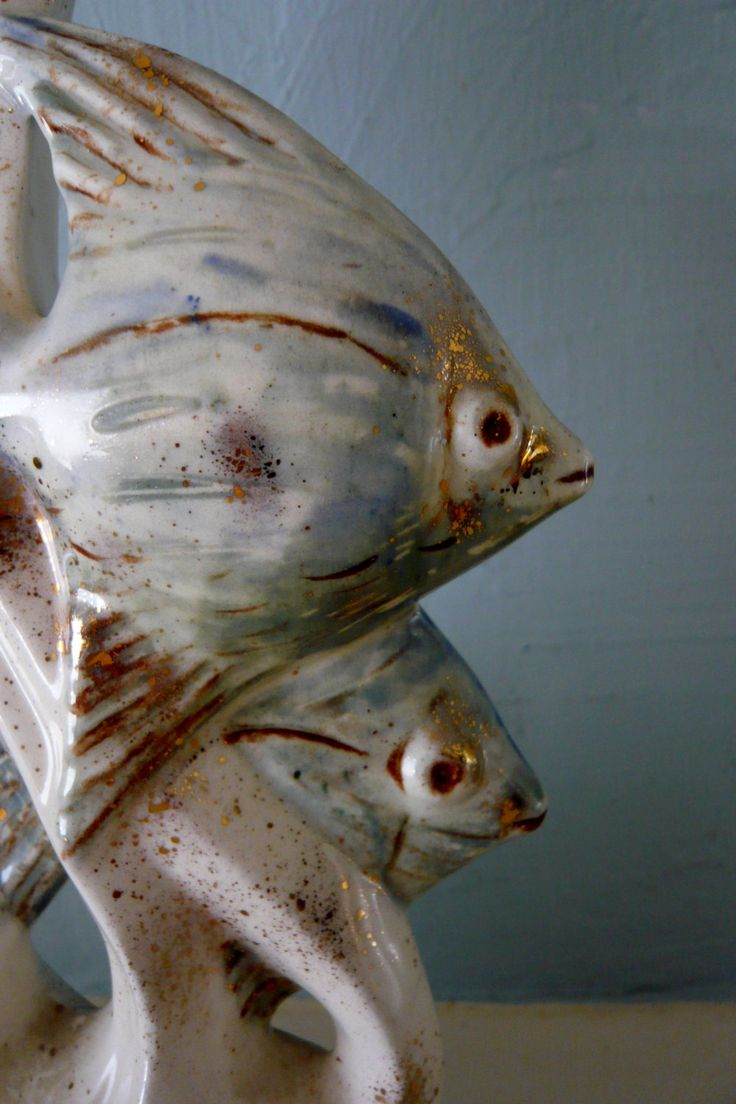 41 best vintage made in japan pottery and ceramics images on claire lerner ceramic pottery angelfish sculpture blue white with gold 11