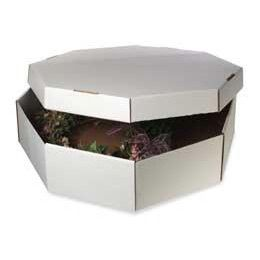 Wreath Storage Box - I so need one for my Christmas ornament wreath that I finally made this year