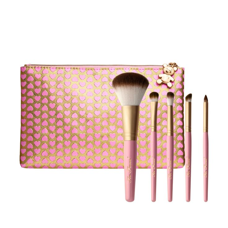 Our professional makeup brushes are made with 100% cruelty-free Teddy Bear Hair.  The Too Faced Pro-Essential makeup brush set includes the top 5 brushes every woman needs to create eye looks like a pro.