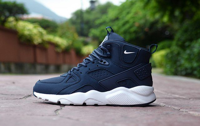 online store 1f161 13611 Classic Men's NIke Huarache High Top Cushion Running Sports Shoes Dark Blue  / White