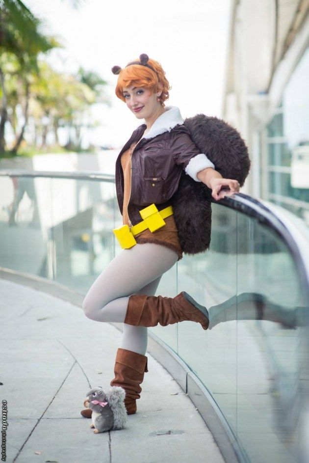 Squirrel Girl!!!   Cosplayed by Miss Wendybird, photographed by Estrada via Comics Alliance