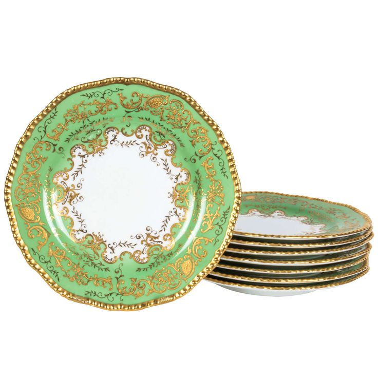 Tiffany & Co. Green Dinner Plates | From a unique collection of antique and modern dinner plates at https://www.1stdibs.com/furniture/dining-entertaining/dinner-plates/