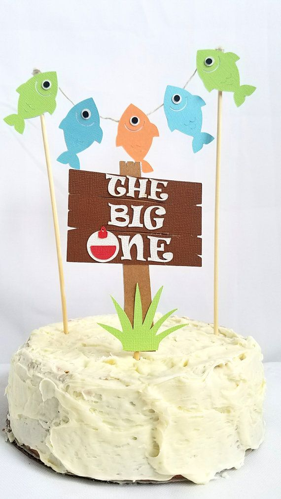 17 ideas about fishing birthday cakes on pinterest for Fishing first birthday