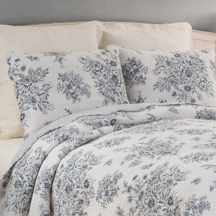 Kilgore Reversible Quilt Set Blue bedrooms Girls duvet
