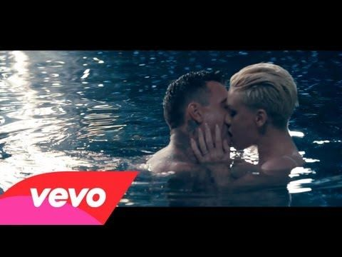 P!nk - Just Give Me A Reason ft. Nate Ruess  - I could listen to this over and over!!! LOVE IT!!