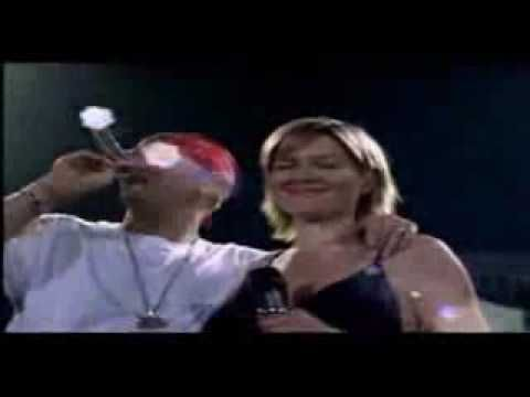 ▶ Eminem Feat. Dido - Stan Live 4