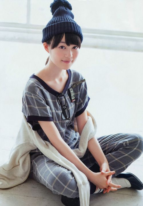洋服が素敵な生田絵梨花さん