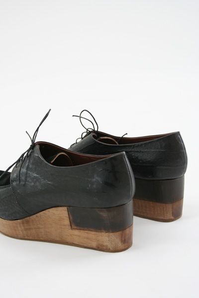 Wooden sole shoes | Rachel Comey Del Salto Black lace-up | Platforms - she can do no wrong.
