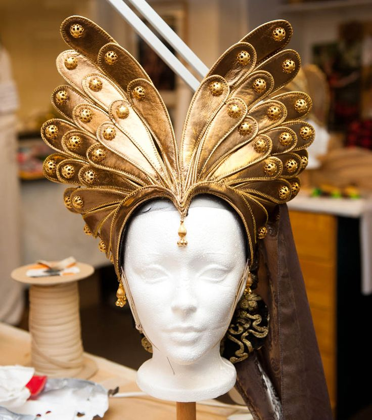 like a golden butterfly. headpiece ideas