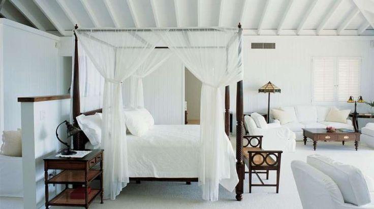 Idee per le pareti della camera da letto - Camera con pareti bianche